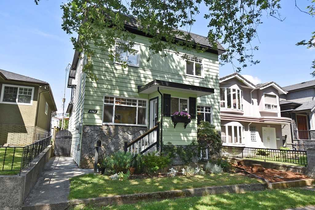 "Main Photo: 6363 WINDSOR Street in Vancouver: Fraser VE House for sale in ""FRASER"" (Vancouver East)  : MLS® # R2183497"