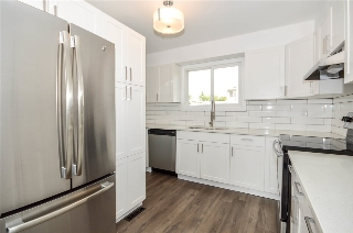 Main Photo: 15 15710 BEAUMARIS Road in Edmonton: Zone 27 Townhouse for sale : MLS® # E4073461