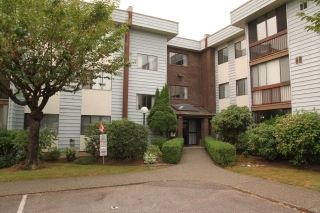 "Main Photo: 310 2277 MCCALLUM Road in Abbotsford: Central Abbotsford Condo for sale in ""ALAMEDA COURT"" : MLS® # R2196116"
