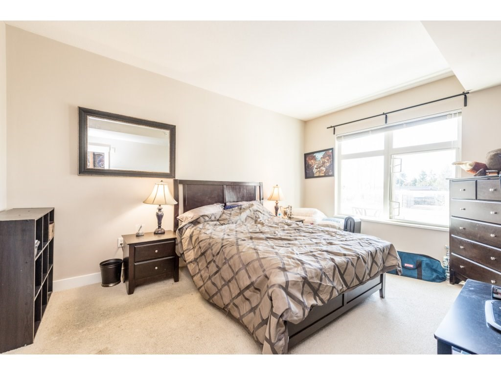 "Photo 13: 401 2368 MARPOLE Avenue in Port Coquitlam: Central Pt Coquitlam Condo for sale in ""RIVER ROCK LANDING"" : MLS® # R2201922"