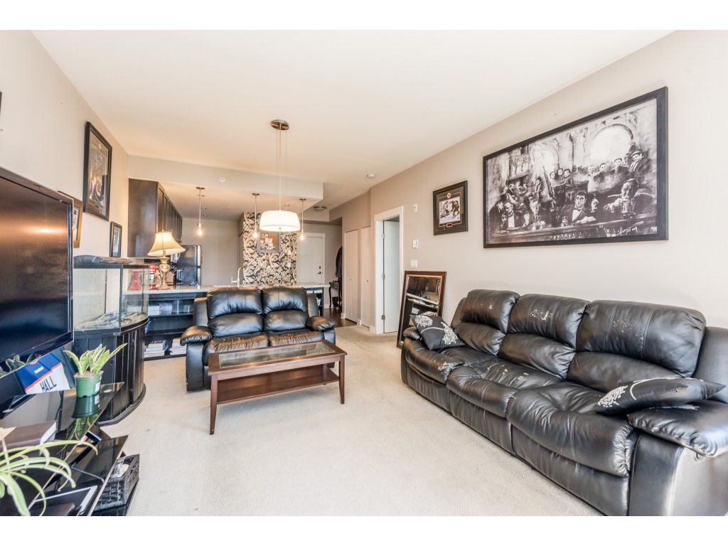 "Photo 7: 401 2368 MARPOLE Avenue in Port Coquitlam: Central Pt Coquitlam Condo for sale in ""RIVER ROCK LANDING"" : MLS® # R2201922"