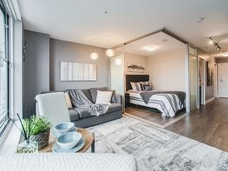 "Main Photo: 605 1783 MANITOBA Street in Vancouver: False Creek Condo for sale in ""THE RESIDENCES AT WEST"" (Vancouver West)  : MLS® # R2209133"
