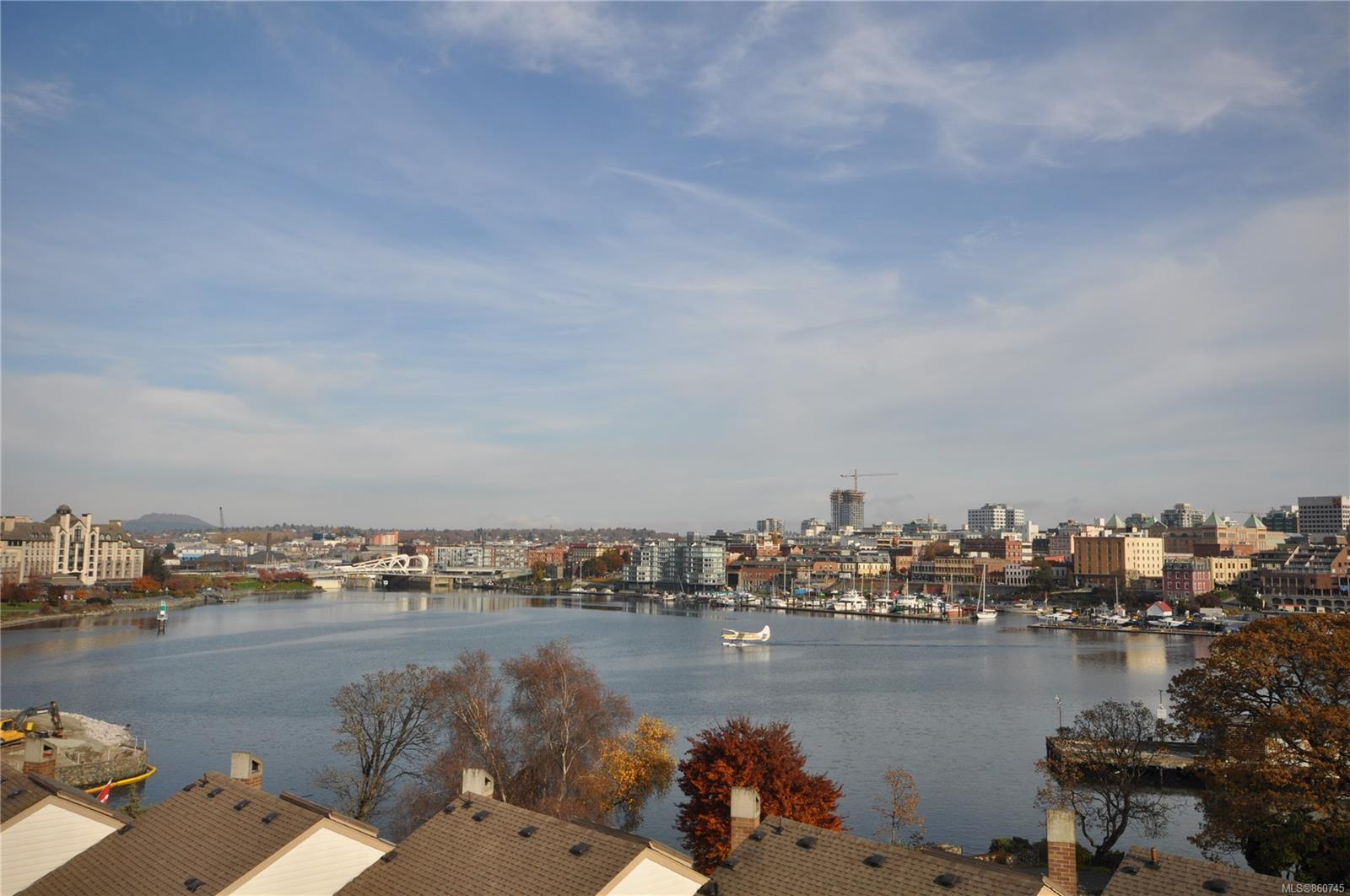 FEATURED LISTING: 611 - 225 Belleville St