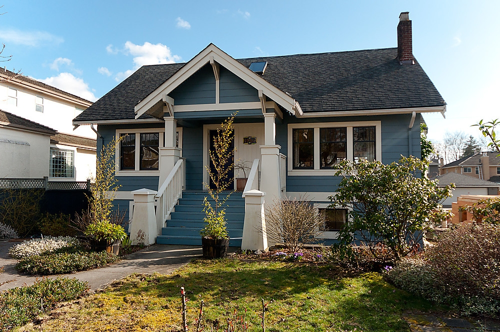 Main Photo: 2962 W 38TH Avenue in Vancouver: Kerrisdale House for sale (Vancouver West)  : MLS(r) # V877406