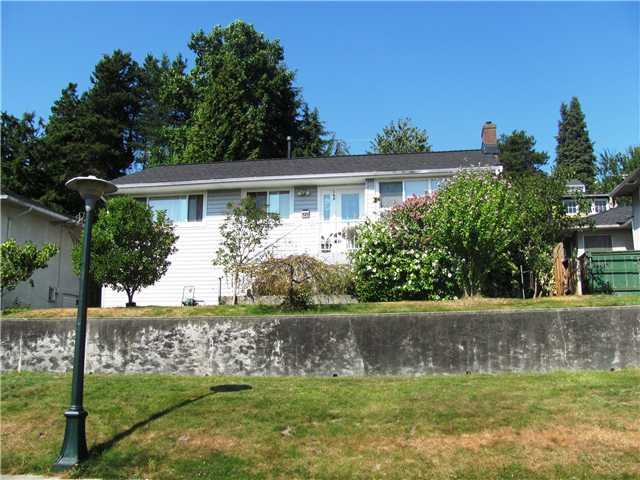 "Main Photo: 145 E 7TH Avenue in New Westminster: The Heights NW House for sale in ""THE HEIGHTS"" : MLS® # V910179"