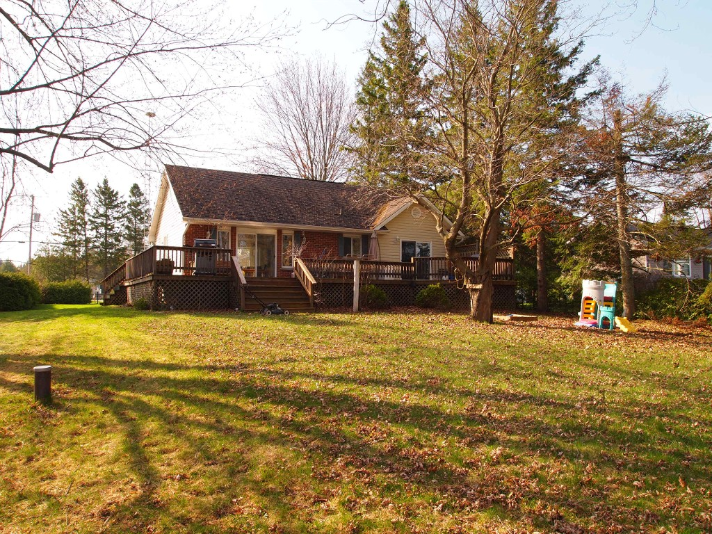 Main Photo: 79 Driftwood Shores Road in Kawartha Lakes: Rural Eldon Freehold for sale : MLS®# X2886126/1442687