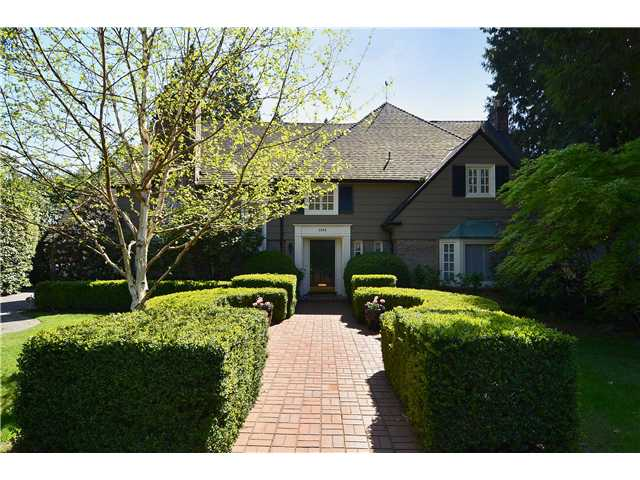 Main Photo: 2966 W 45TH Avenue in Vancouver: Kerrisdale House for sale (Vancouver West)  : MLS® # V1005389