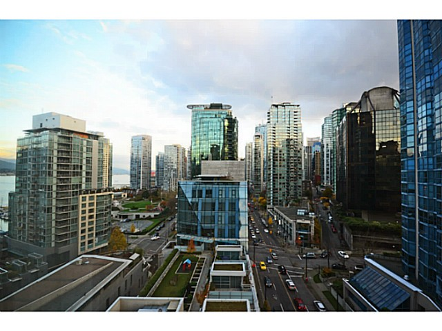 "Photo 12: 1103 1499 W PENDER Street in Vancouver: Coal Harbour Condo for sale in ""WEST PENDER PLACE"" (Vancouver West)  : MLS® # V1054615"