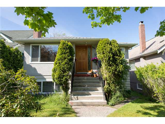 "Main Photo: 3691 W 21ST Avenue in Vancouver: Dunbar House for sale in ""DUNBAR"" (Vancouver West)  : MLS® # V1062910"