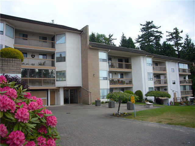 "Main Photo: 305 1350 VIDAL Street: White Rock Condo for sale in ""SEA PARK"" (South Surrey White Rock)  : MLS® # F1441902"