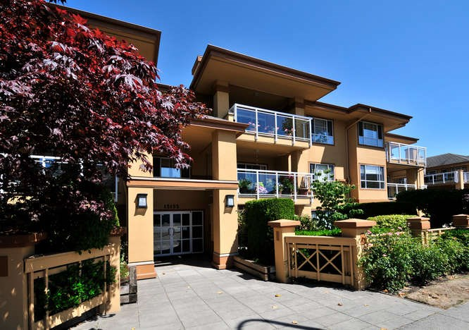 "Main Photo: 204 15155 22 Avenue in Surrey: King George Corridor Condo for sale in ""VILLA PACIFIC"" (South Surrey White Rock)  : MLS® # R2039589"