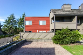 "Main Photo: 142 5421 10 Avenue in Delta: Tsawwassen Central Condo for sale in ""SUNDIAL"" (Tsawwassen)  : MLS® # R2108471"