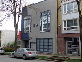 Main Photo: 3 3726 COMMERCIAL Street in Vancouver: Victoria VE Condo for sale (Vancouver East)  : MLS(r) # R2121390