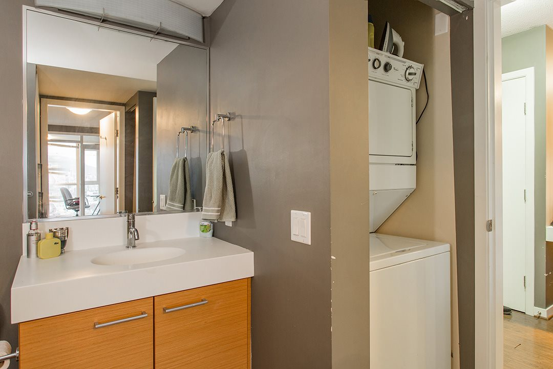 "Photo 18: 802 2770 SOPHIA Street in Vancouver: Mount Pleasant VE Condo for sale in ""STELLA"" (Vancouver East)  : MLS® # R2121936"