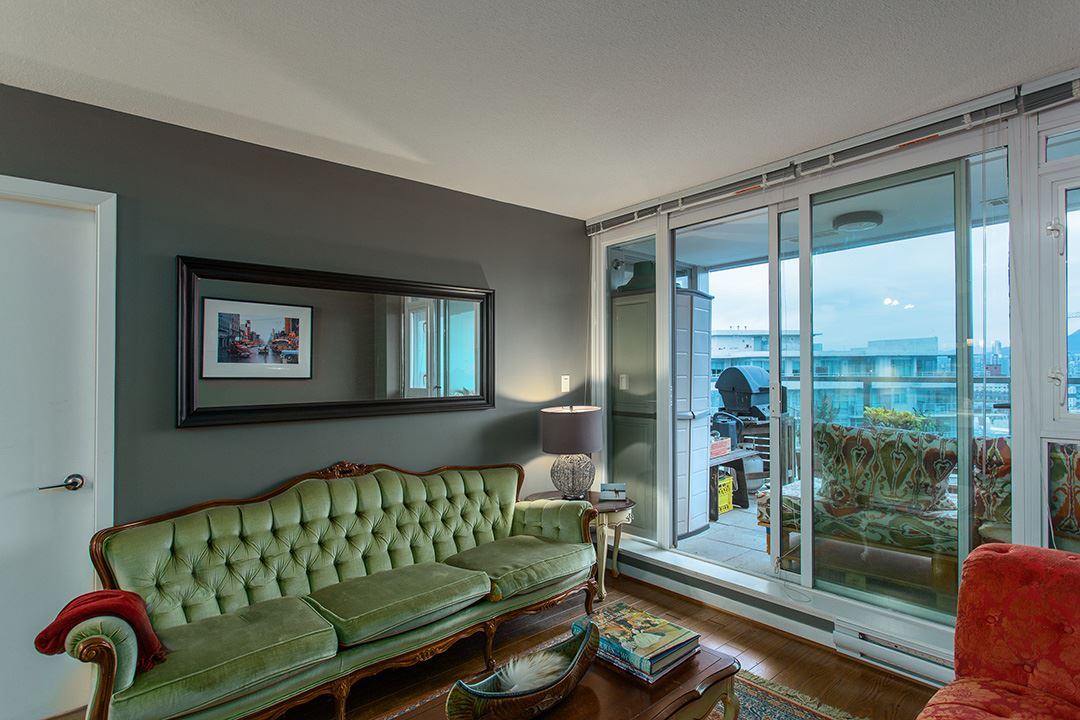 "Photo 7: 802 2770 SOPHIA Street in Vancouver: Mount Pleasant VE Condo for sale in ""STELLA"" (Vancouver East)  : MLS® # R2121936"
