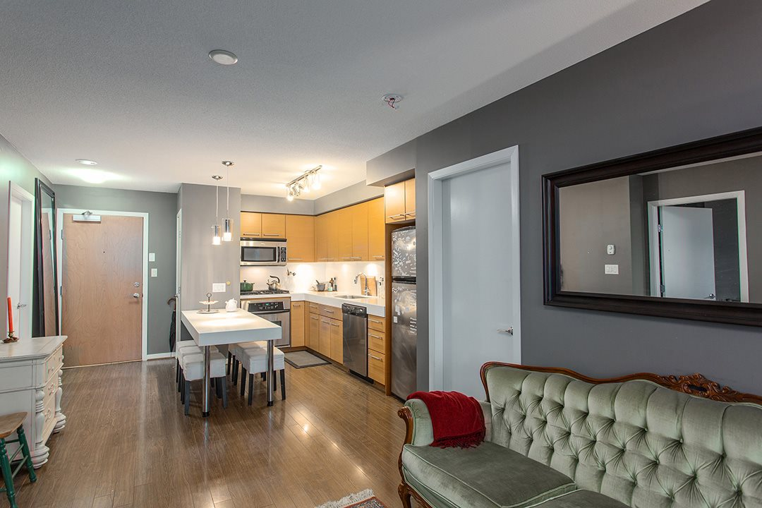 "Photo 6: 802 2770 SOPHIA Street in Vancouver: Mount Pleasant VE Condo for sale in ""STELLA"" (Vancouver East)  : MLS® # R2121936"