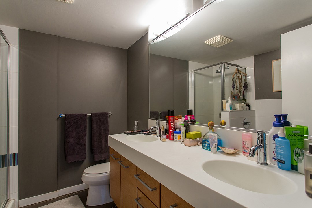 "Photo 13: 802 2770 SOPHIA Street in Vancouver: Mount Pleasant VE Condo for sale in ""STELLA"" (Vancouver East)  : MLS® # R2121936"