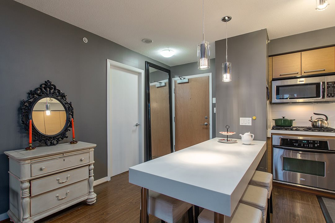 "Photo 4: 802 2770 SOPHIA Street in Vancouver: Mount Pleasant VE Condo for sale in ""STELLA"" (Vancouver East)  : MLS® # R2121936"
