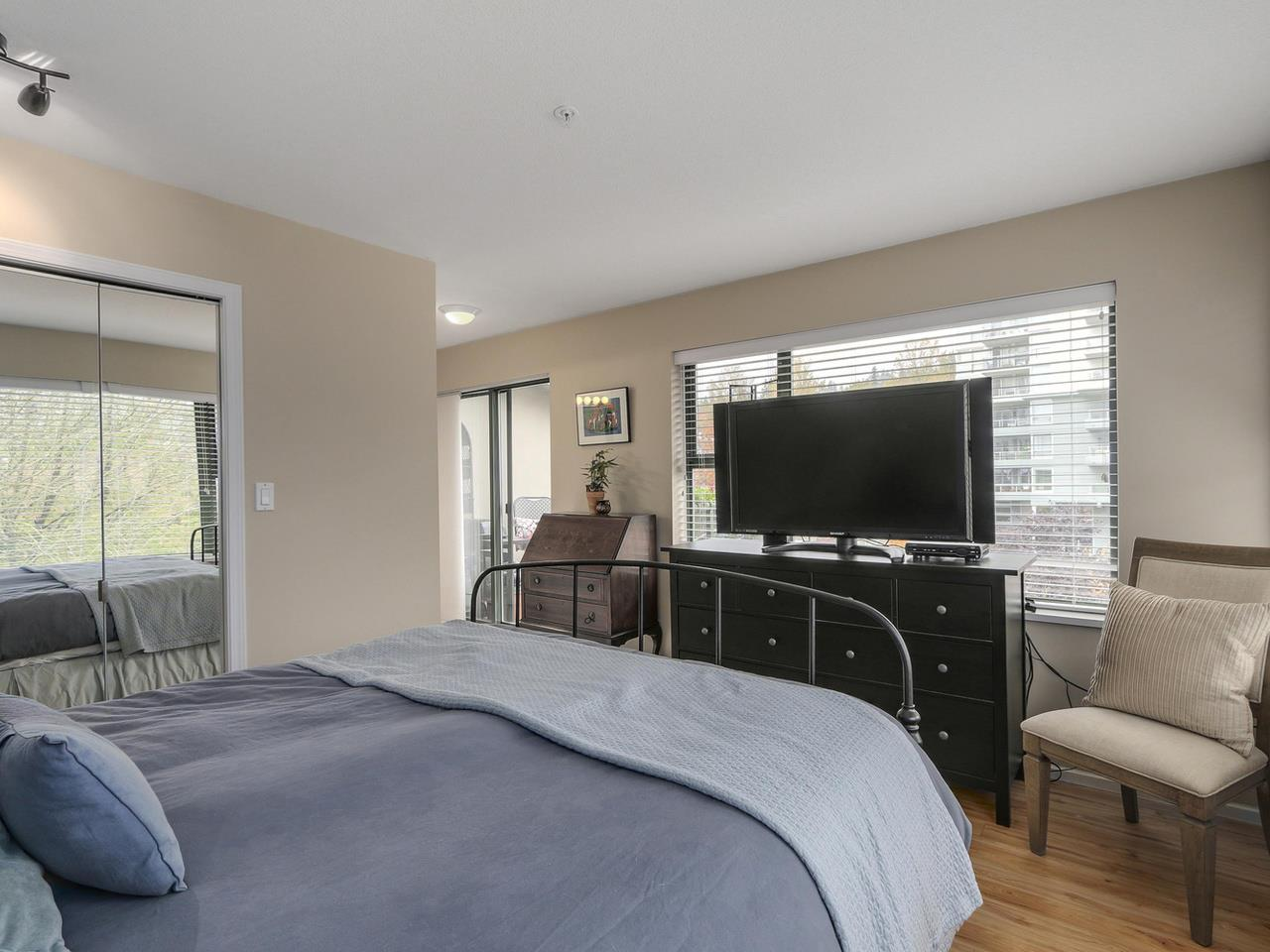 "Photo 17: 410 260 NEWPORT Drive in Port Moody: North Shore Pt Moody Condo for sale in ""THE MCNAIR"" : MLS(r) # R2130250"