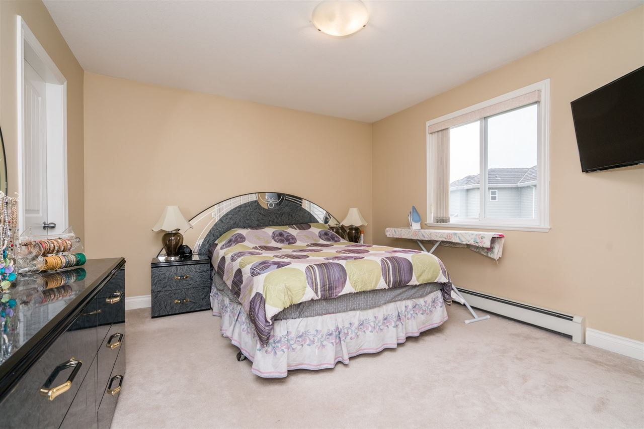 Photo 14: 14668 79 Avenue in Surrey: East Newton House for sale : MLS(r) # R2152001