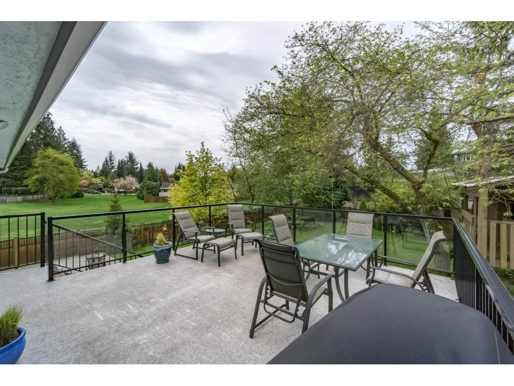 "Photo 2: 672 FIRDALE Street in Coquitlam: Central Coquitlam House for sale in ""MUNDY PARK, CENTRAL COQUITLAM"" : MLS® # R2165127"