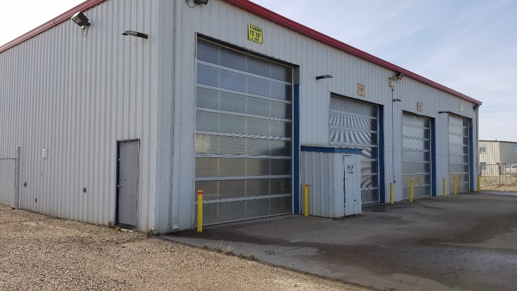 Main Photo: 401-403 Devonian Street in Estevan: East Industrial Industrial/Commercial for sale