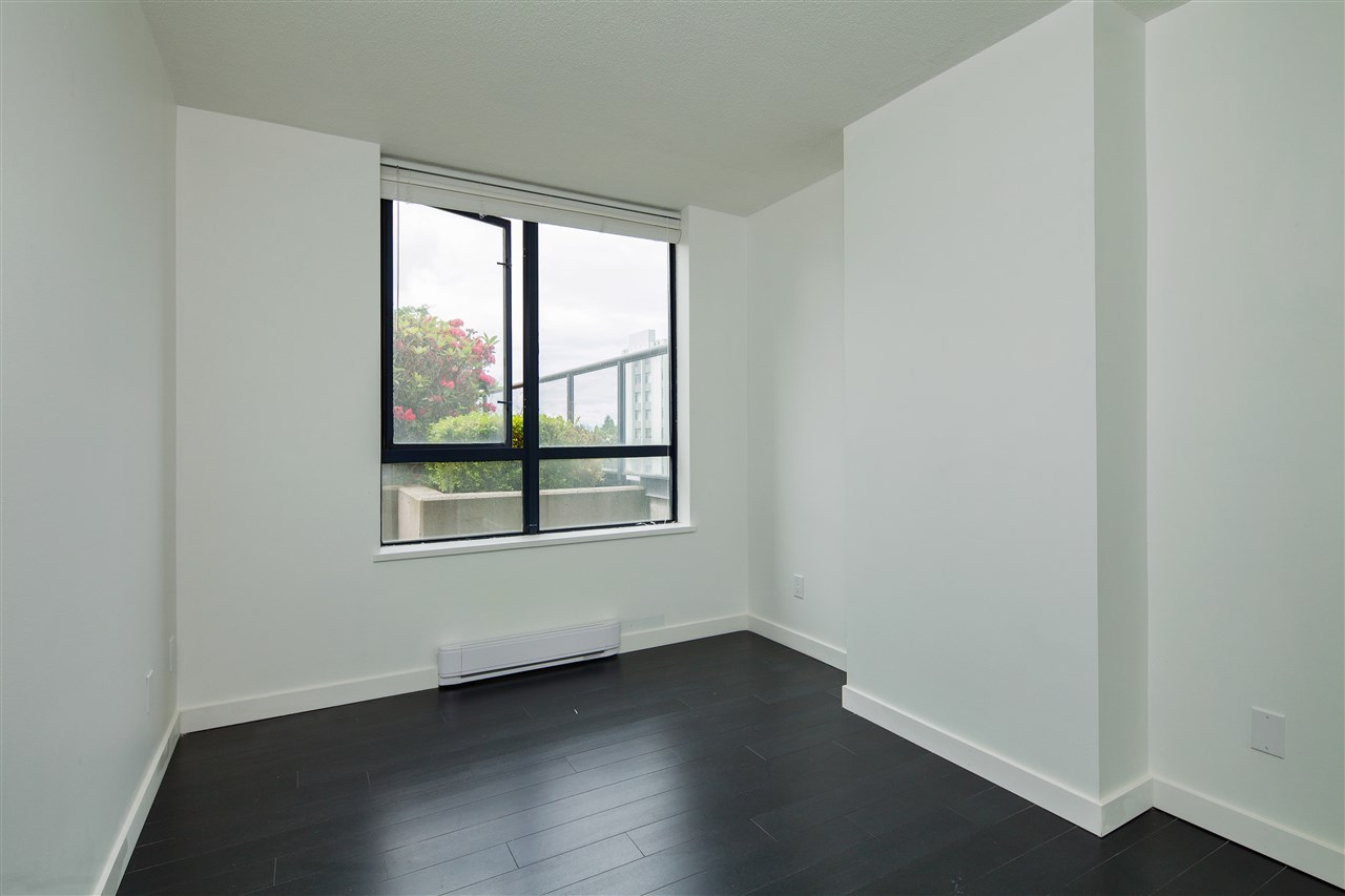 "Photo 9: 601 3438 VANNESS Avenue in Vancouver: Collingwood VE Condo for sale in ""Centro"" (Vancouver East)  : MLS(r) # R2178213"