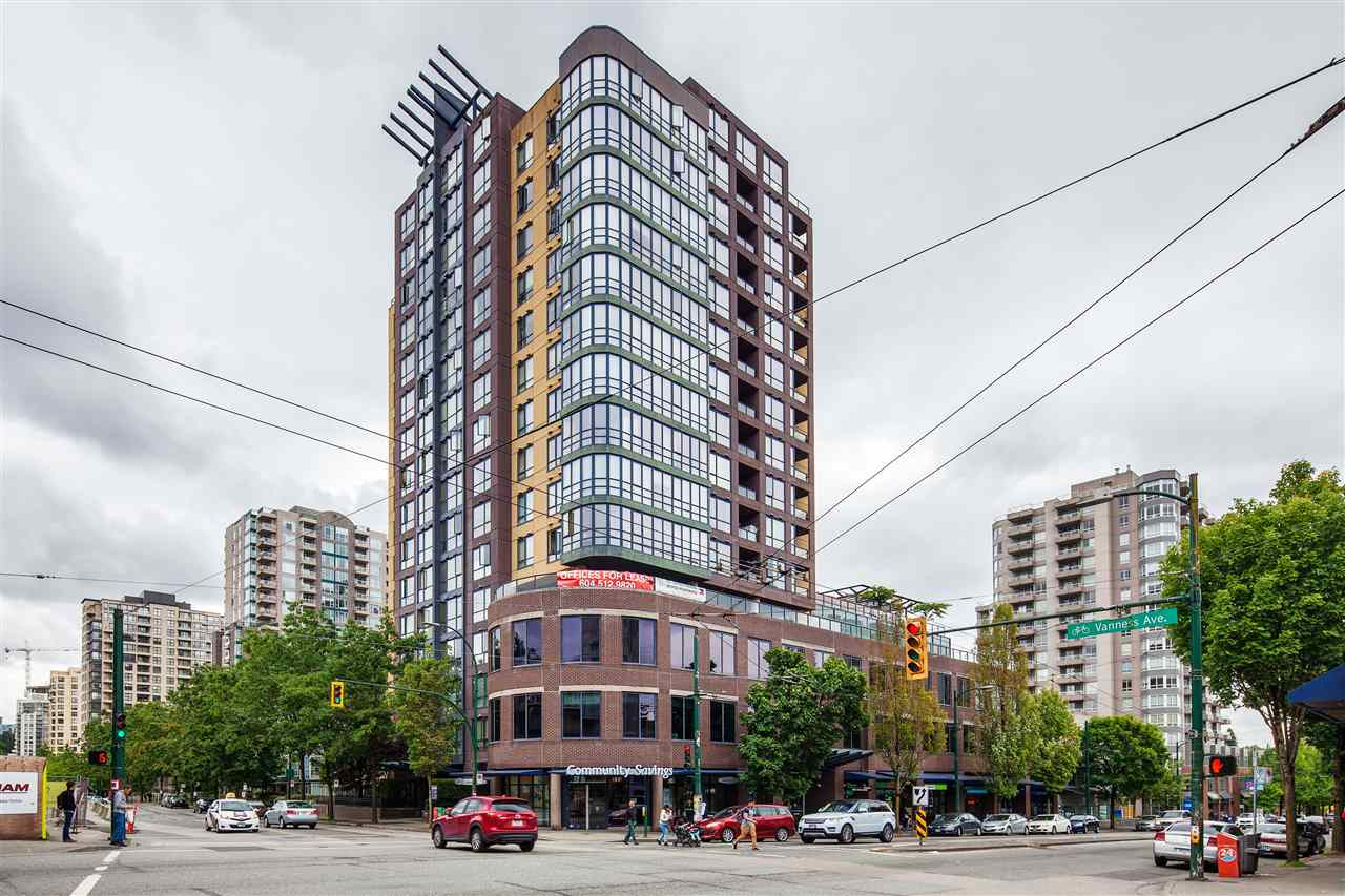 "Main Photo: 601 3438 VANNESS Avenue in Vancouver: Collingwood VE Condo for sale in ""Centro"" (Vancouver East)  : MLS(r) # R2178213"