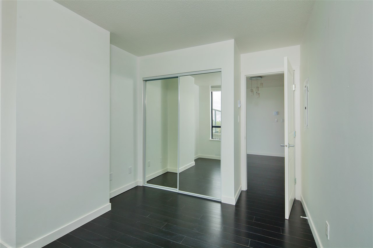 "Photo 11: 601 3438 VANNESS Avenue in Vancouver: Collingwood VE Condo for sale in ""Centro"" (Vancouver East)  : MLS(r) # R2178213"