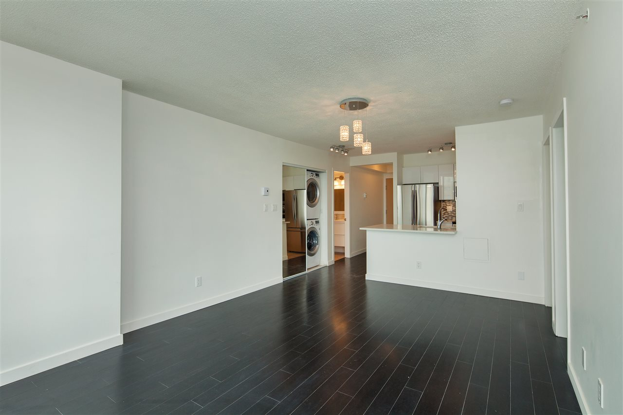"Photo 3: 601 3438 VANNESS Avenue in Vancouver: Collingwood VE Condo for sale in ""Centro"" (Vancouver East)  : MLS(r) # R2178213"