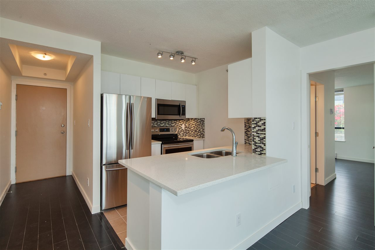 "Photo 5: 601 3438 VANNESS Avenue in Vancouver: Collingwood VE Condo for sale in ""Centro"" (Vancouver East)  : MLS(r) # R2178213"