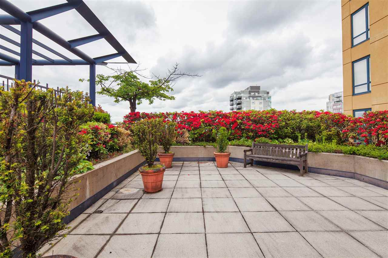 "Photo 19: 601 3438 VANNESS Avenue in Vancouver: Collingwood VE Condo for sale in ""Centro"" (Vancouver East)  : MLS(r) # R2178213"