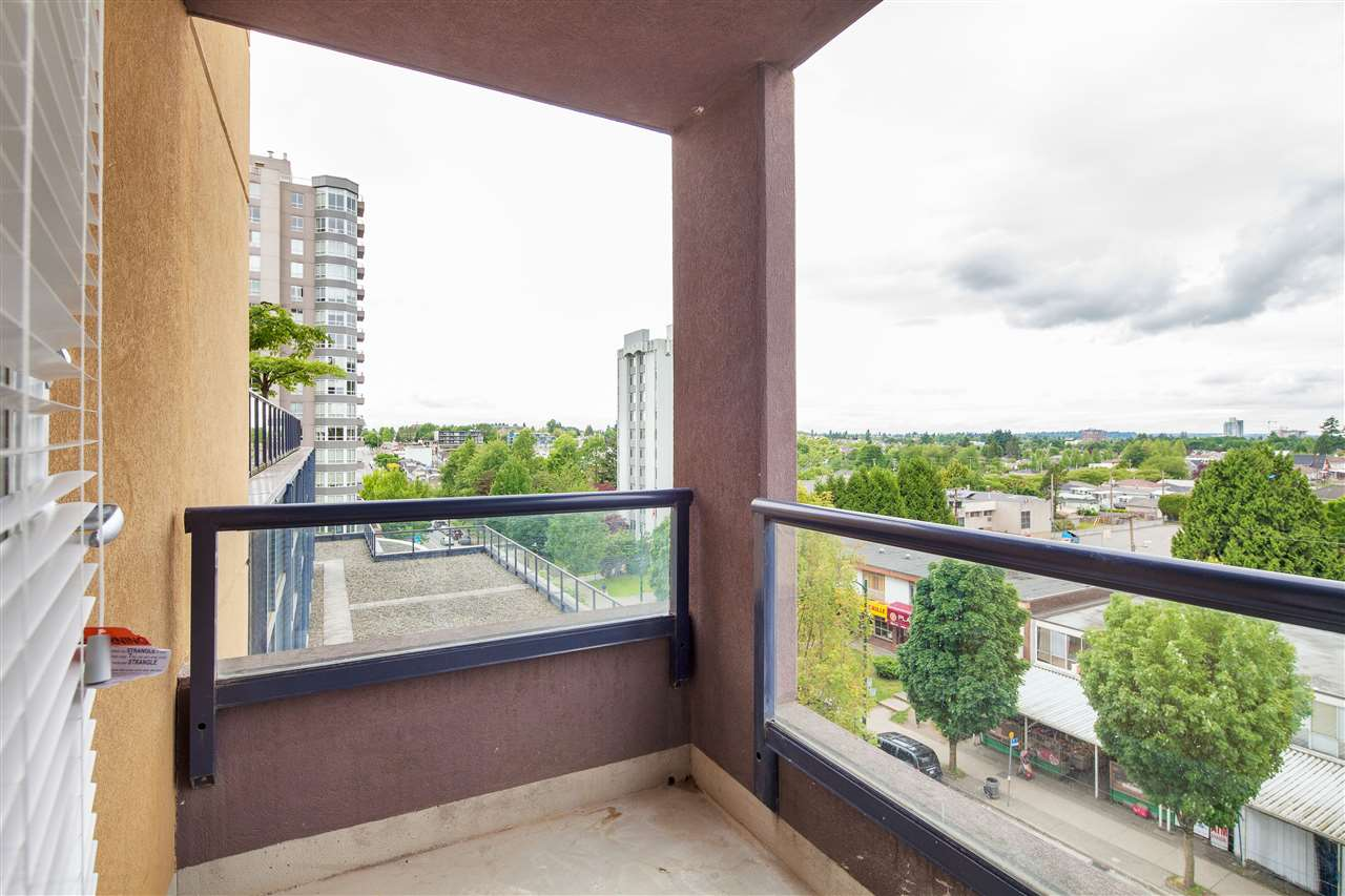 "Photo 14: 601 3438 VANNESS Avenue in Vancouver: Collingwood VE Condo for sale in ""Centro"" (Vancouver East)  : MLS(r) # R2178213"