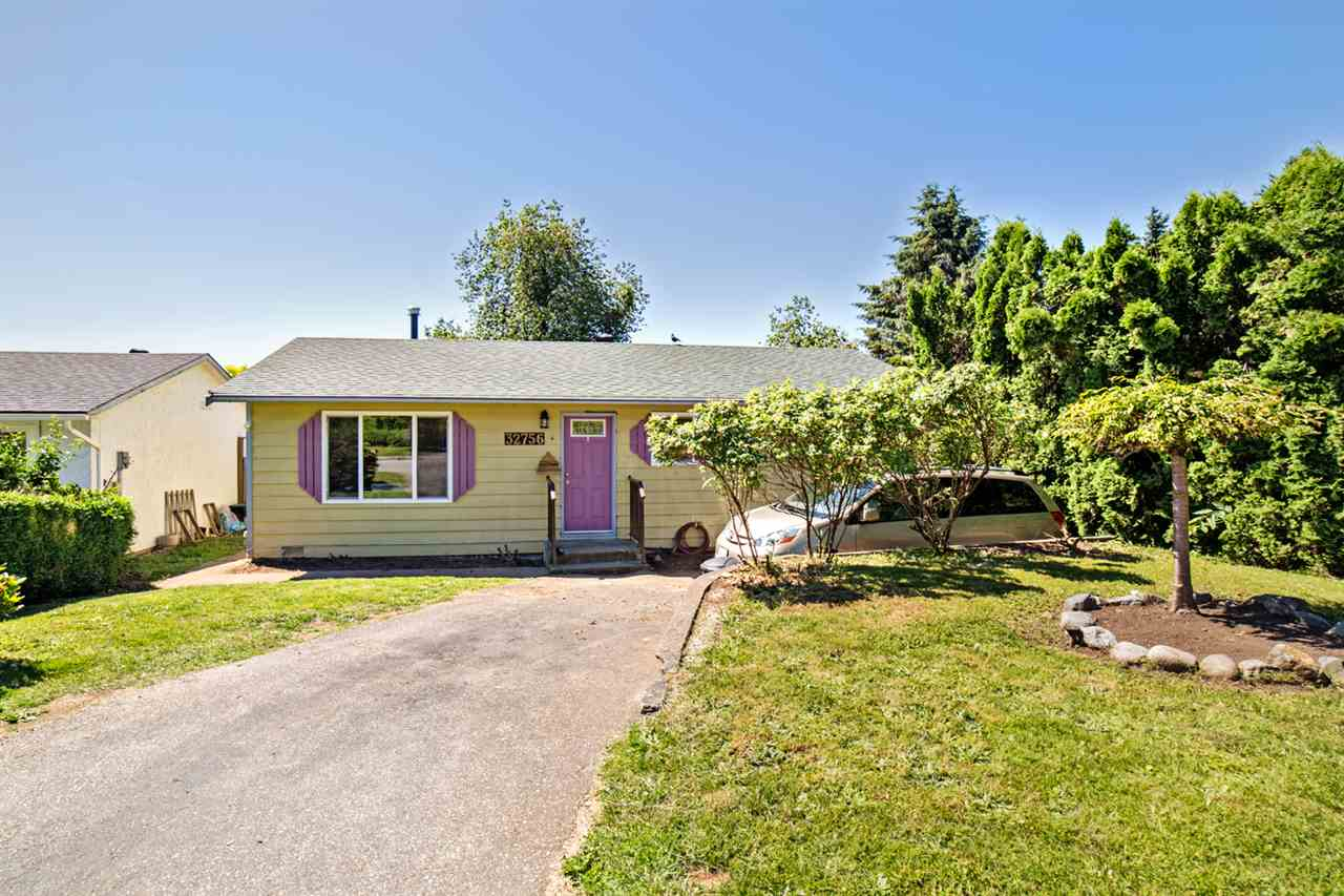 Main Photo: 32756 BADGER Avenue in Mission: Mission BC House for sale : MLS(r) # R2180217