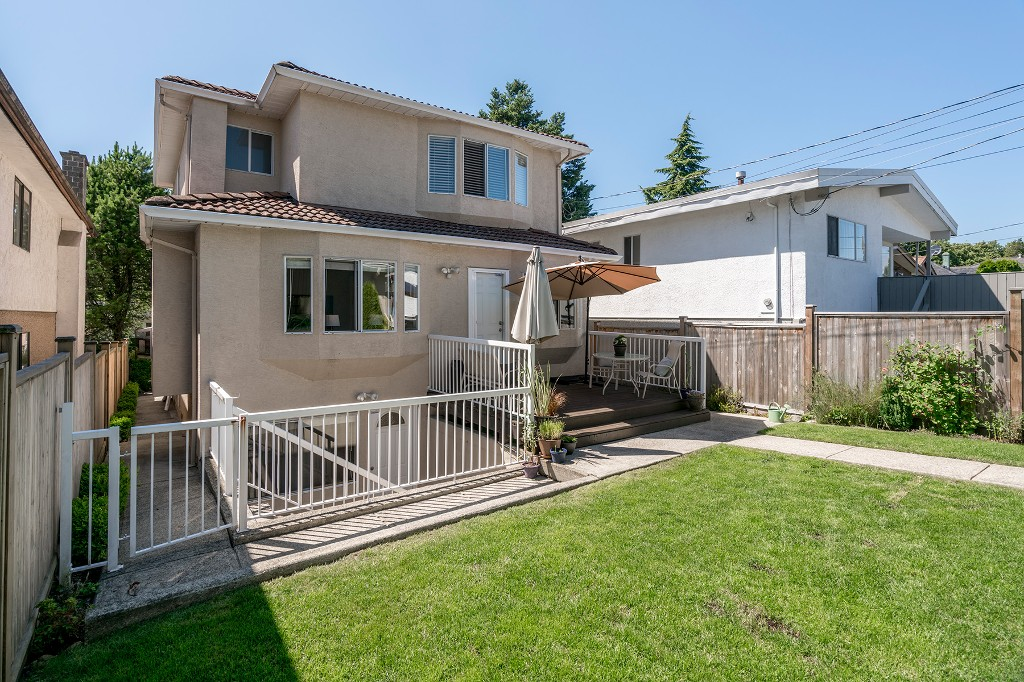 Photo 19: Photos: 5938 SHERBROOKE Street in Vancouver: Knight House for sale (Vancouver East)  : MLS®# R2183421