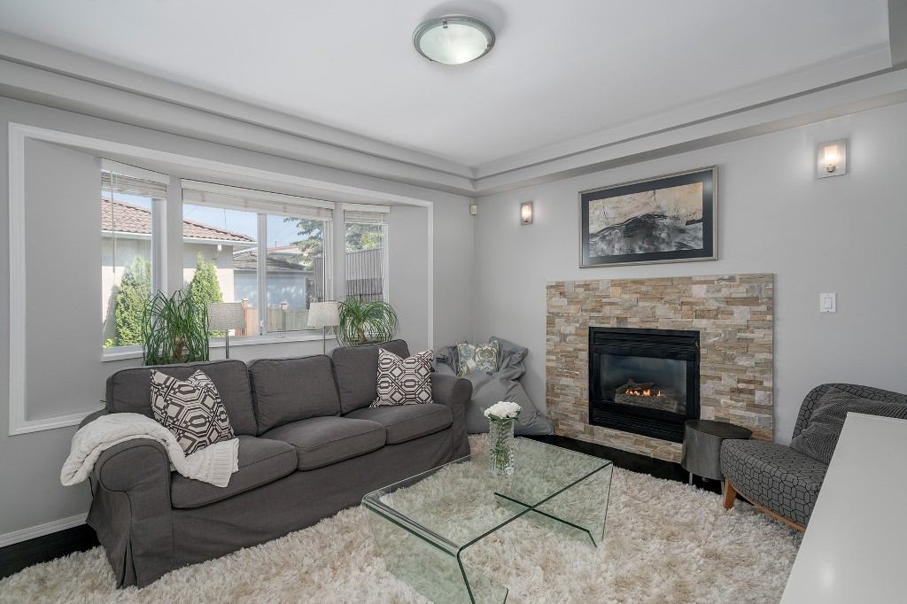 Photo 12: Photos: 5938 SHERBROOKE Street in Vancouver: Knight House for sale (Vancouver East)  : MLS®# R2183421