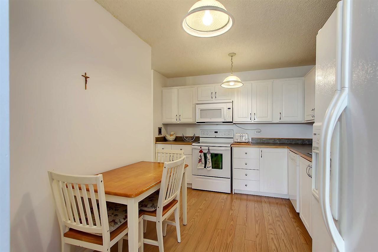 Photo 9: 402 9923 103 Street in Edmonton: Zone 12 Condo for sale : MLS® # E4074761