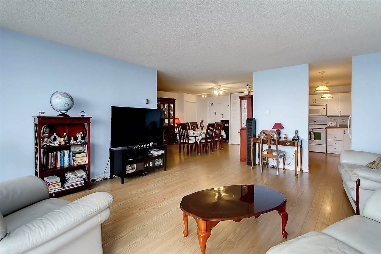 Photo 12: 402 9923 103 Street in Edmonton: Zone 12 Condo for sale : MLS® # E4074761