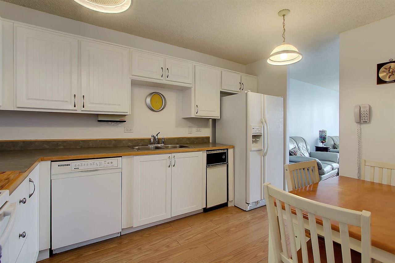 Photo 7: 402 9923 103 Street in Edmonton: Zone 12 Condo for sale : MLS® # E4074761