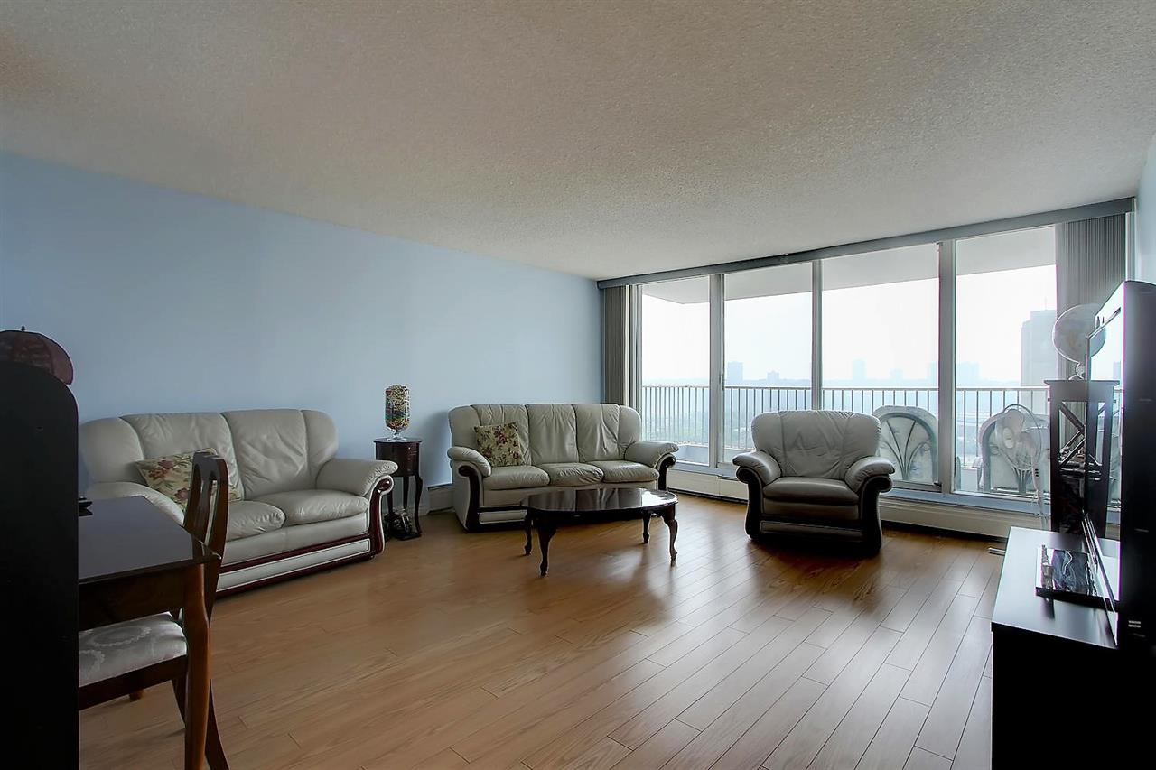 Photo 10: 402 9923 103 Street in Edmonton: Zone 12 Condo for sale : MLS® # E4074761