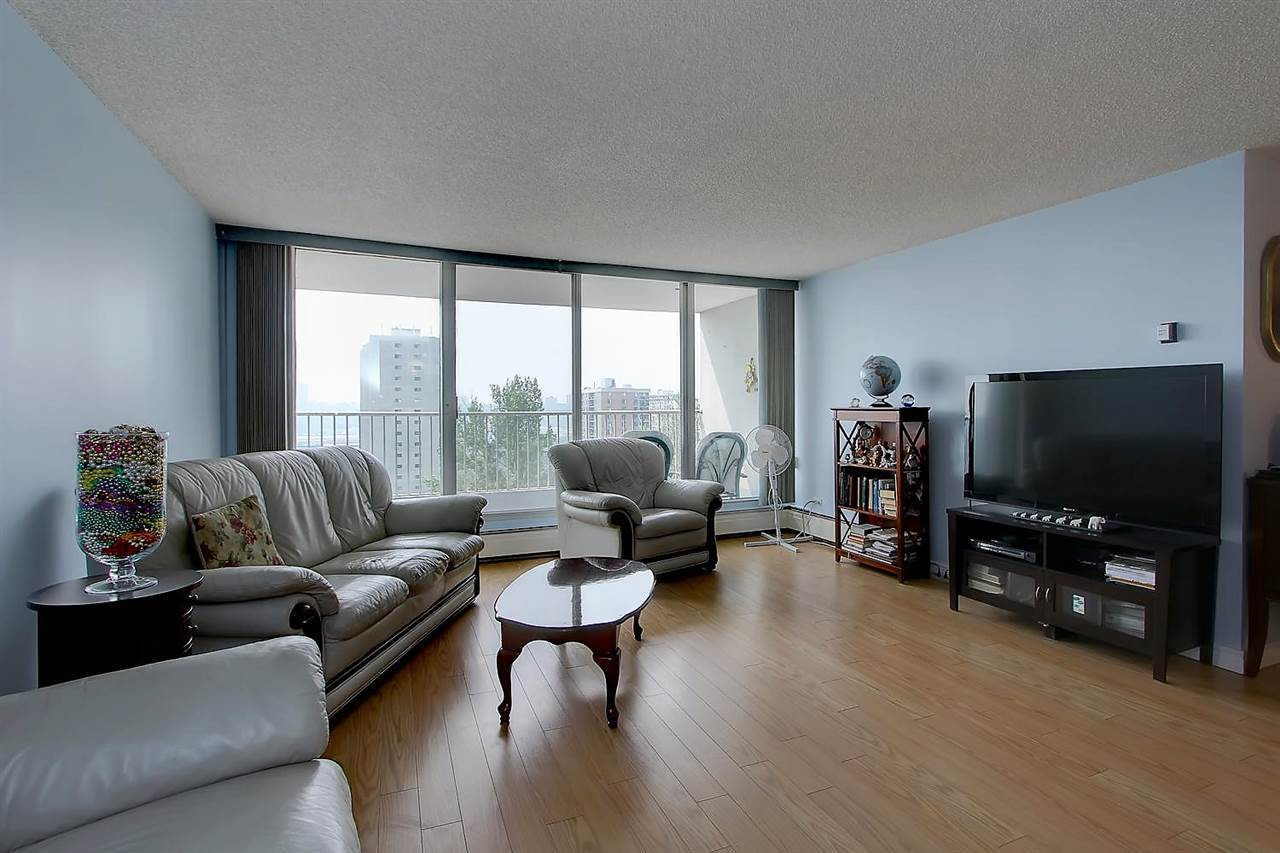 Photo 11: 402 9923 103 Street in Edmonton: Zone 12 Condo for sale : MLS® # E4074761