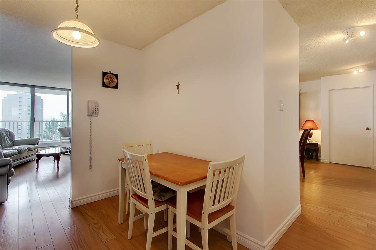 Photo 8: 402 9923 103 Street in Edmonton: Zone 12 Condo for sale : MLS® # E4074761