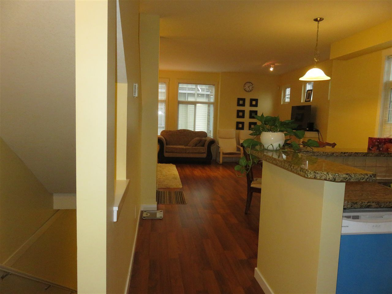 Photo 2: Photos: 13 16588 FRASER Highway in Surrey: Fleetwood Tynehead Townhouse for sale : MLS® # R2228752