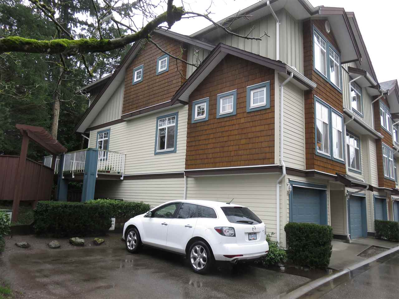 Photo 1: Photos: 13 16588 FRASER Highway in Surrey: Fleetwood Tynehead Townhouse for sale : MLS® # R2228752