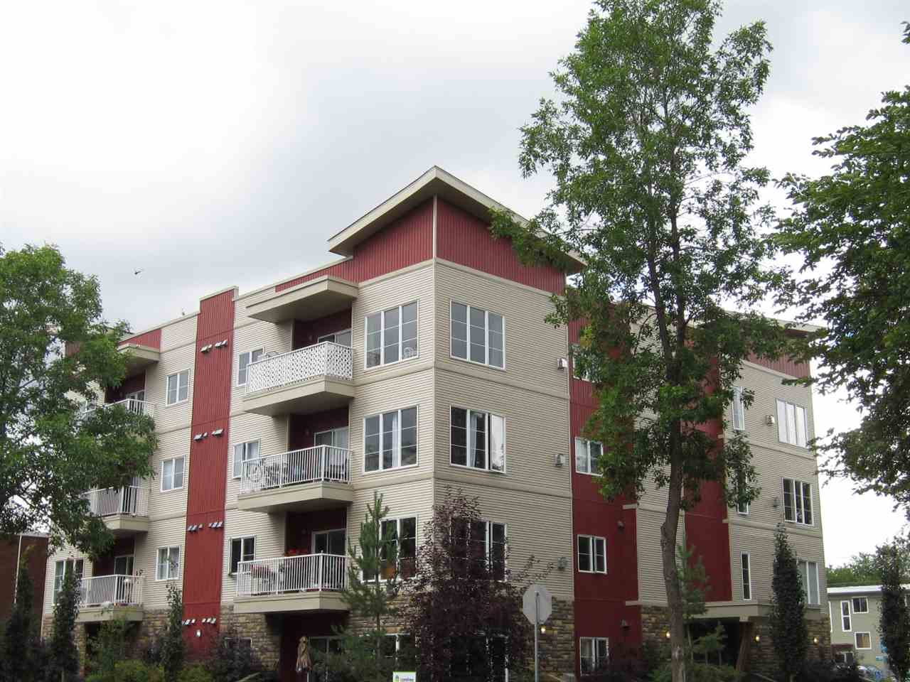 Main Photo: 403 11107 108 Avenue in Edmonton: Zone 08 Condo for sale : MLS® # E4096163