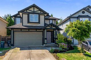 "Main Photo: 6647 187A Street in Surrey: Cloverdale BC House for sale in ""Hillcrest Estates"" (Cloverdale)  : MLS®# R2276542"