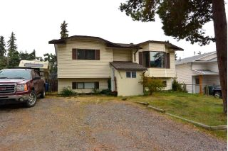 "Main Photo: 3850 9TH Avenue in Smithers: Smithers - Town House for sale in ""Hill Section"" (Smithers And Area (Zone 54))  : MLS®# R2302621"