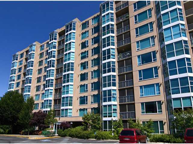 "Main Photo: 211 12148 224TH Street in Maple Ridge: East Central Condo for sale in ""THE PANORAMA"" : MLS® # V897742"