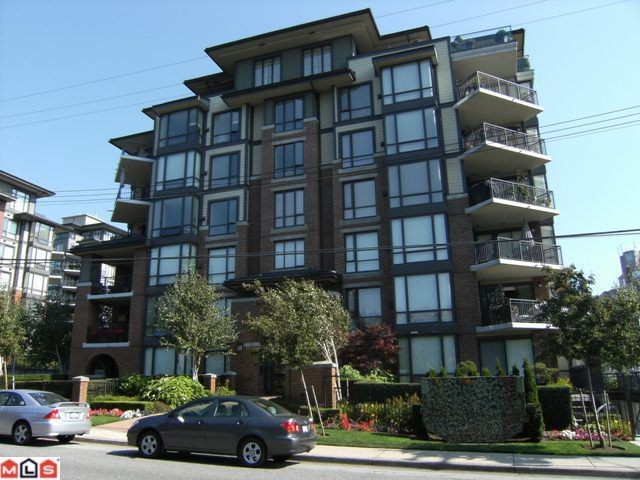 Main Photo: 402 1550 MARTIN Street: White Rock Condo for sale (South Surrey White Rock)  : MLS® # F1123164
