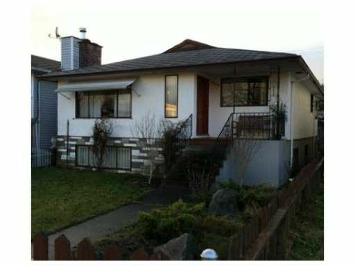 Main Photo: 6129 CHESTER Street in Vancouver: Fraser VE House for sale (Vancouver East)  : MLS® # V1047402